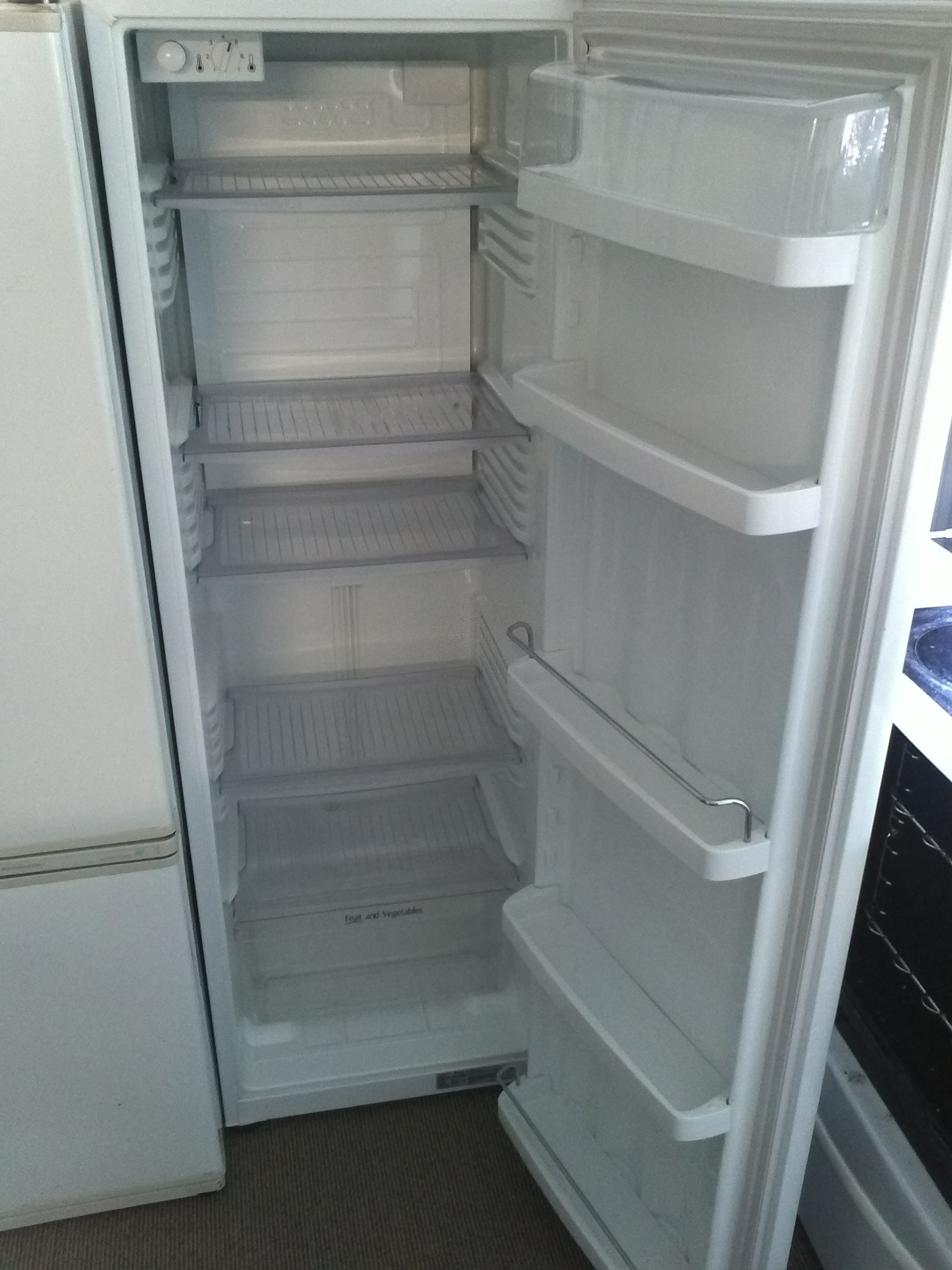 Party Fridge 270 litre
